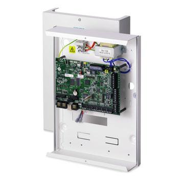 SPC 4000 Alarmzentrale mit IP im G2 Metallgehäuse LCD-Komfort-Bedienfeld von Vanderbilt, presented by SafeTech