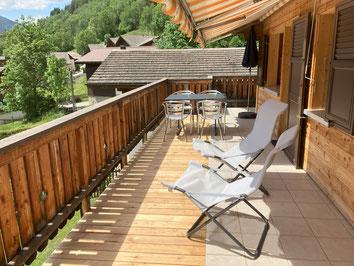 Balkon mit Sitzplatz Wohnung Obergeschoss