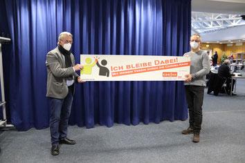 v.l. Günther Nülle (KSB MK), Peter Maywald (Vorsitzender Schul- & Sportausschuss MK)
