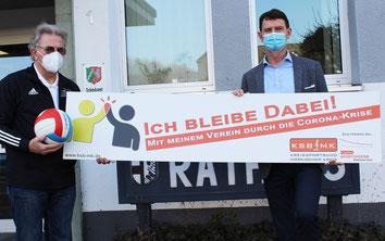 v.l. Günther Nülle (KSB MK), Hubertus Mühling (Bürgermeister der Stadt Balve)