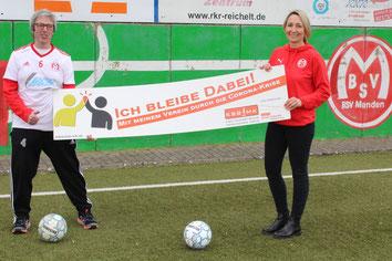 Der BSV Menden mit Dirk Henneböhl (Vorsitzender) und Melanie Schatz (Jugendgeschäftsführerin)