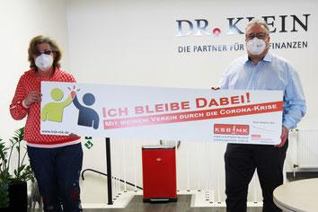 v.l. Anja Esser (KSB MK), Michael Dregger (Vorstandsmitglied Rot-Weiß Lüdenscheid)