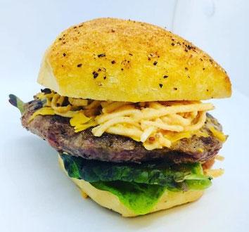 Burger Rosalie (Mars 2021), au Céleri Rave du Besigneul, lactofermenté maison !