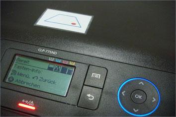 Printhint-Klebeetikette auf Drucker