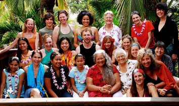 Hale Kai Singers Hawaii 2011