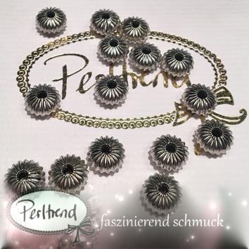 www.perltrend.com Perlen silberfarben diverse Formen Scheibe Rad Rillen Metallperle antik silber platin Zwischenteil deko