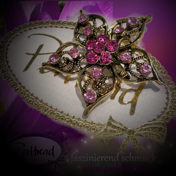 www.perltrend.com Brosche Antik Golden Rosa Flower antik goldfarben rosa Crystals Trend Brooch Schmuck Jewellery Jewelry Ansteckschmuck Perltrend Luzern Schweiz Onlinesho