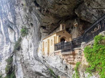 Santa Cueva in Covadonga