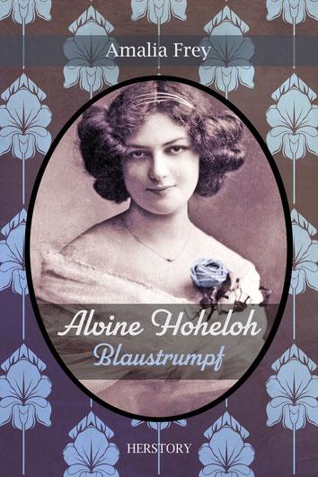 Cover des Romans Alvine Hoheloh - Blaustrumpf. Sepia-Porträt einer jungen Frau mit heller Haut und dunklem Haar, sie trägt eine Rose am Ausschnitt ihres weißen Kleides, die lila eingefärbt ist. Hintergrund: Jugendstil-Tapete, lila Orchideen in Vektor.