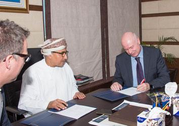 Sealed the JV: Sheikh Mahmood Al Jarwani and Mark Skinner, Senior VP Ground Handling Middle East and Africa at Swisport International