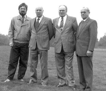 Gründungsmitglieder: Alfred Klippstein, Josef Klippstein, Adam Walter, Albert Jilg. Es fehlen Wilhelm Buschkamp und Herbert Durm.