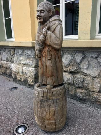 Monch mit Bierfass, Skulptur von Walter Zeier, Symposium 2013