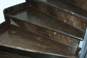 pavimento in pietra pece