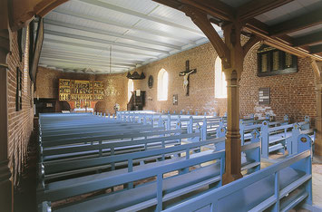 Neue Kirche St. Crucis Pellworm innen