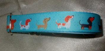 Martingale, Halsband, 2,5 cm, Gurtband eisblau, Borte mit Hunden