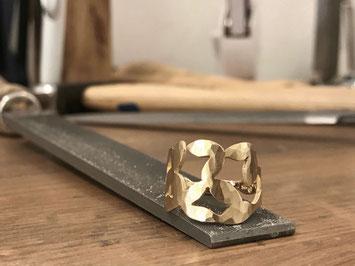 Ring LEAVES von Magdalena Track - Atelier STOSSIMHIMMEL