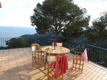 Villa à louer pour les vacances à Begur avec une très belle vue sur la mer et piscine privée, capacité 8 personnes