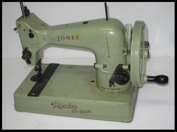 JONES TOY SEWING MACHINE - Mod. POPULAR DE-LUXE