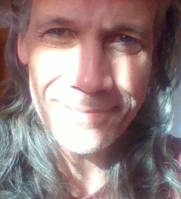 Ramon Labusch * HerzKommunikation und Herz-Begleitung * Lösungs-Finder, Querdenker, Visionär * Lichtkraft-Aktivierung und HerzMagnet * DiamondCoaching