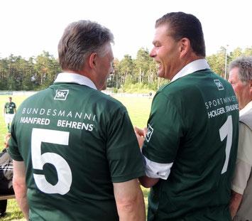 """""""Bundesmanni und der Spportminister"""