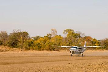 Kleinflugzeug Botswana Flugsafari