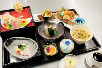旬彩御膳 1,000円(税別)     限定20食