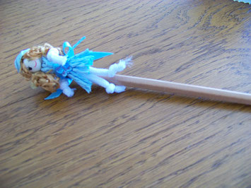 Le crayon pour mettre dans le joli pot bustier