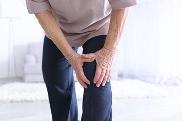 膝の痛み 中高年 日常で