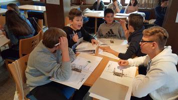Lernende Schüler, Schule