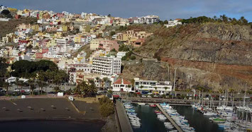 La Gomera, Catamaran Skipper Training book, Catamaran Docking Training, Catamaran Lagoon 42, Catamaran Maneuer Training, Catamaran Skipper Training, Catamaran Harbor Maneuver Training, Spring leash undocking, Catamaran Docking Training, Nautical Miles