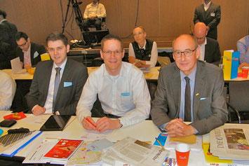Drei der Gütersloher Delegierten: Patrick Büker, Thorsten Baumgart und Hermann Ludewig
