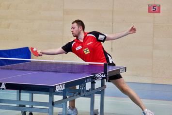 Lokalmatador Martin Kinslechner im Vereinsdress. Foto: Österreichische Tischtennis Bundesliga JM Foto