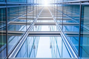 Glasreinigung und Fassadenreinigung