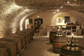 permanence-tenue-degustation-caveau-vigneron-Vallee-Loire-Touraine-Myriam-Fouasse-Robert-Rendez-Vous-dans-les-Vignes