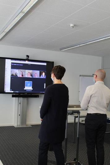 Virtueller Austausch per Live-Stream.