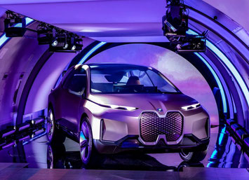Constructed to lift mobility to the next level: prototype of BMW's iNEXT -  photos: BMW