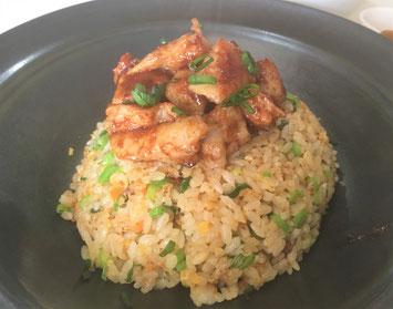 ホルモン炒飯、ホルモンチャーハン、こだわり、安心安全、激辛、中華料理