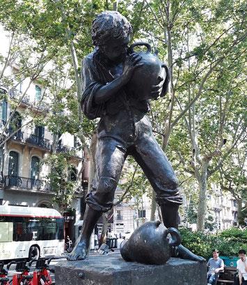 Фонтаны Барселоны - мальчик с кувшинами