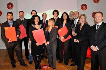 Die Kärntner PreisträgerInnen mit Hans Schönegger (KWF), Christa Kranzl (bm:vit) und weiteren VertreterInnen der Veranstalter (Fotovermerk: LNF DeSt/Wien)