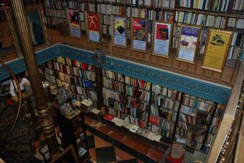 Libros, librerias, discos, vinilos,musica y cultura en tiendas de Madrid