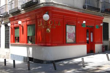 El mejor cocido madrileño en la centenaria Taberna La Bola.