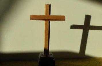 Religiöse Kreuze sind elementare Glaubenssymbole