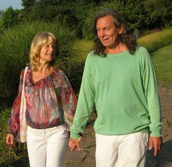 Link zur Homepage von Christina Soraia und Roland Enoah