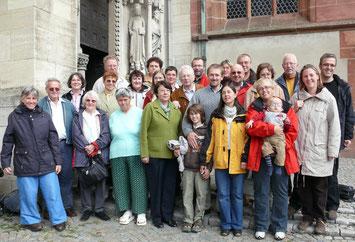 26 Teilnehmer/innen aus Gießen und Schleusingen trafen sich im September 2008 zu einer gemeinsamen Freizeit in Dornholzhausen. // Foto: Gömmer