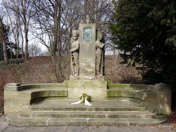 Johanna-Stegen-Denkmal im Liebesgrund