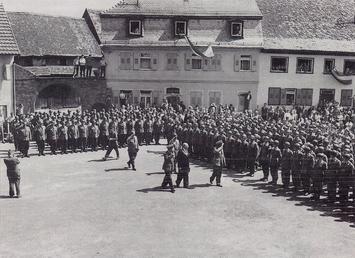 Die Walldümer Panzergrenadiere treten zum 1. Mal in der Öffentlichkeit an.