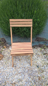 Chaise pliante en IROKO