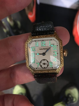 Antique  Waltham Solid Gold