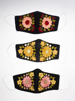NEU Farbenfroher Mundschutz / Maske mit Blumenstickerei (schwarz-pastel)