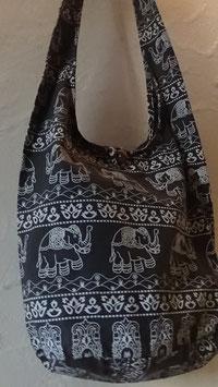 Umhängetasche Stoff / olive/weiss Elefantenmotiv (13) mit Reissverschluss / Grösse 90 x 40 cm